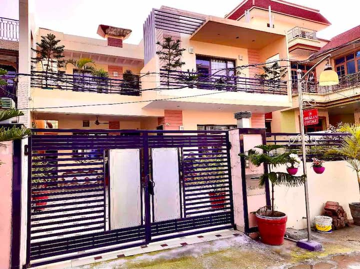 4bhk family house, 3 Rooms-FREE Breakfast & all AC