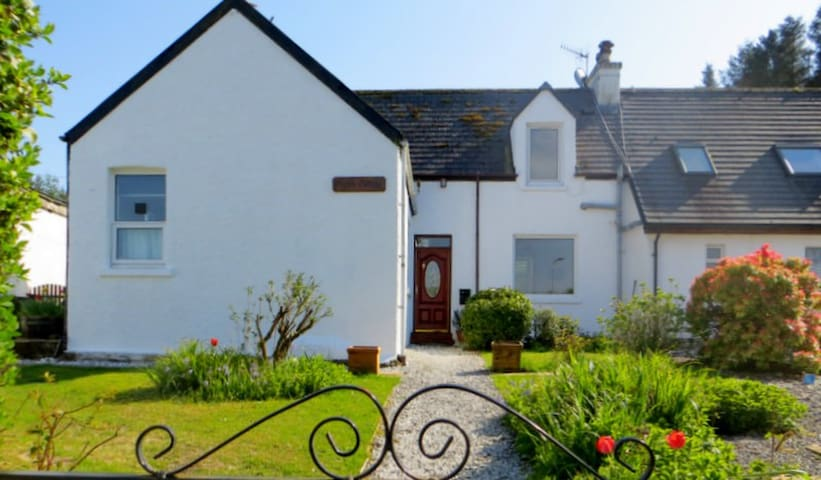 A cosy and traditional en-suite double - Highland - Bed & Breakfast
