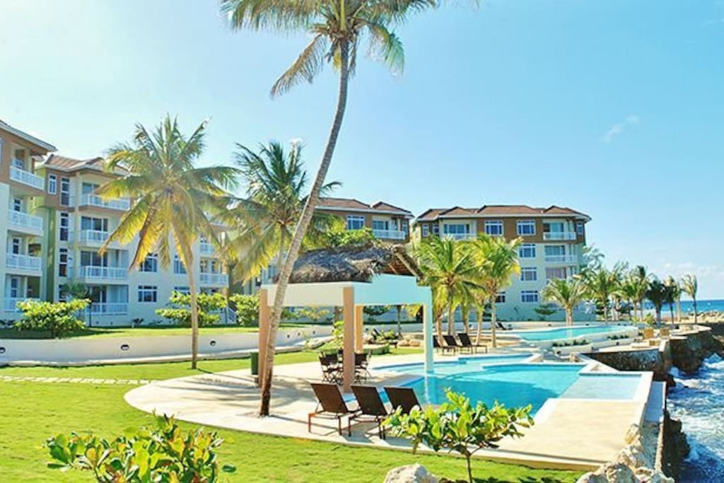 Welcome to Jamaican Paradise - 2 Pools, Tennis Court, Mini Gym - Total Relaxation