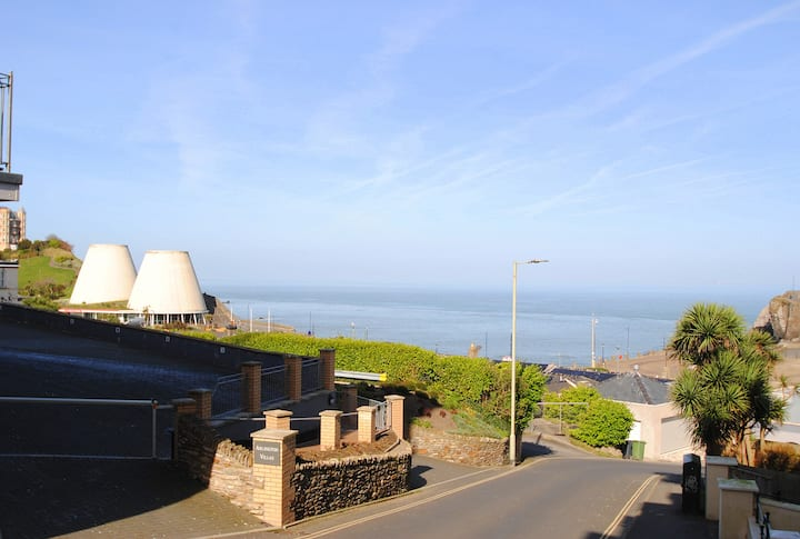 2 Cove View - Sea Front Location - (2 Guests)
