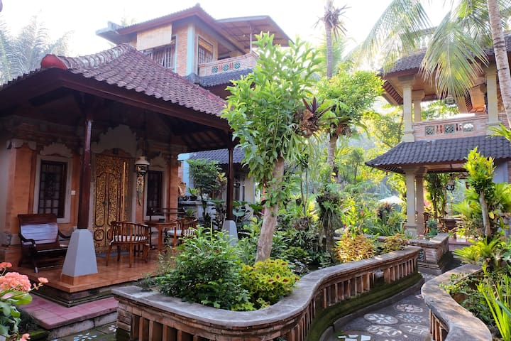Traditional style Balinese room at Ketut's Place