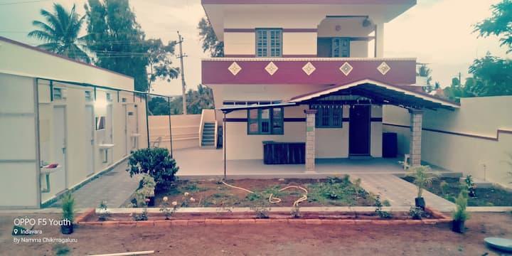 Family Cottage towards Mulliyangiri (1st floor)