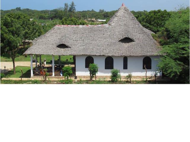 Villa Furaha Makuti, 3 ensuite bedrooms with pool
