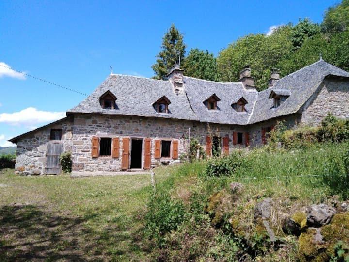 Thiézac: Maison de Montagne vue exceptionnelle !