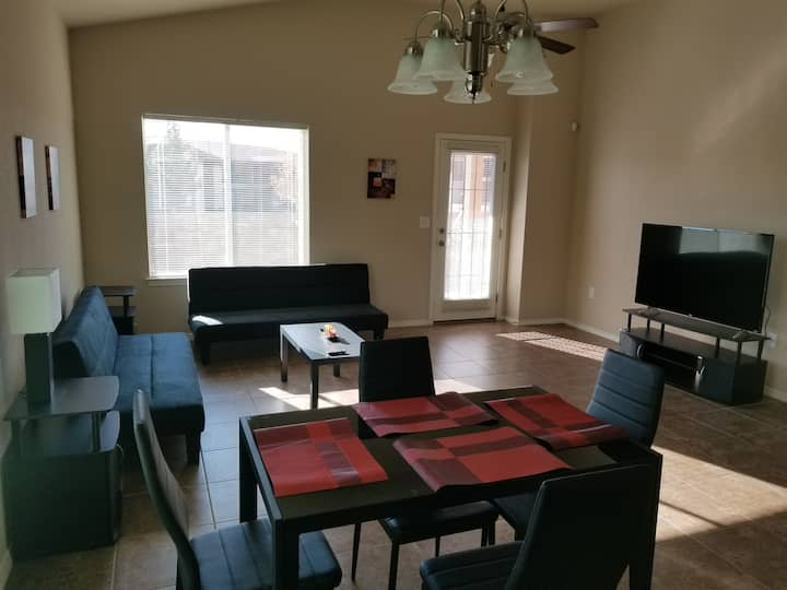Comfortable Modern Newly Built 4 Bedroom House