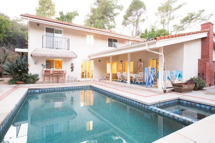 LA Gated Estate Balcony Suite