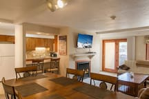 2-Bed 2-Bath, On Free Town of Vail Bus Route