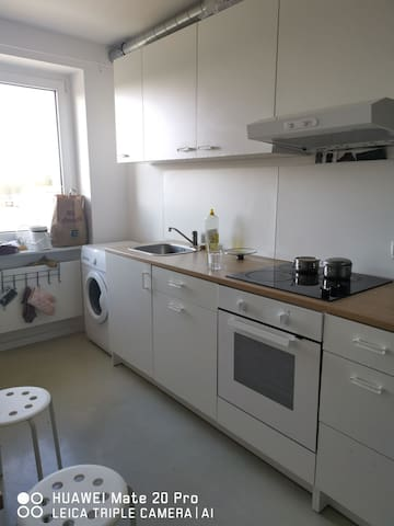 WG share with Studentin, nice renovated flat