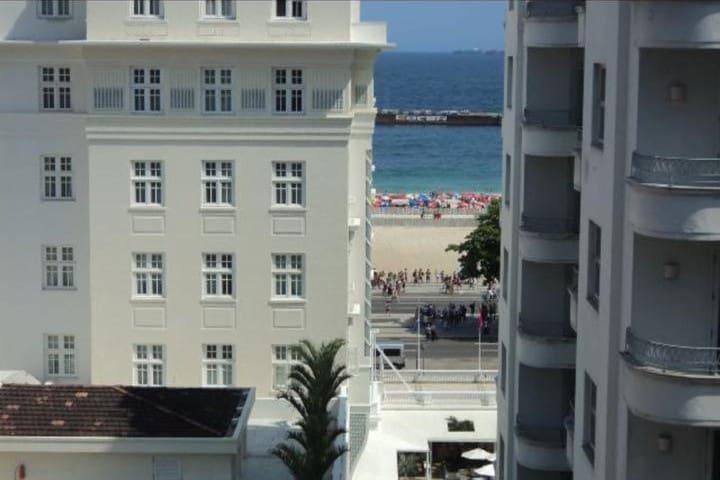 Apartamento Copacabana com vista  para o mar