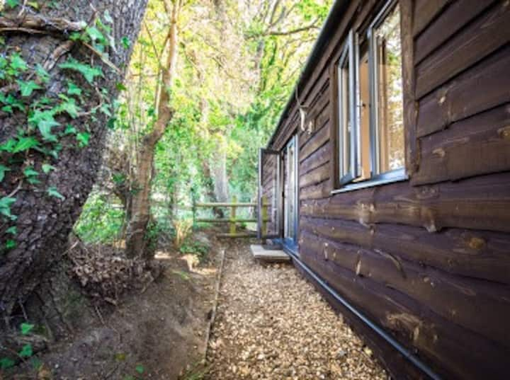 Woodcutters Lodge, Sway, New Forest, Hampshire