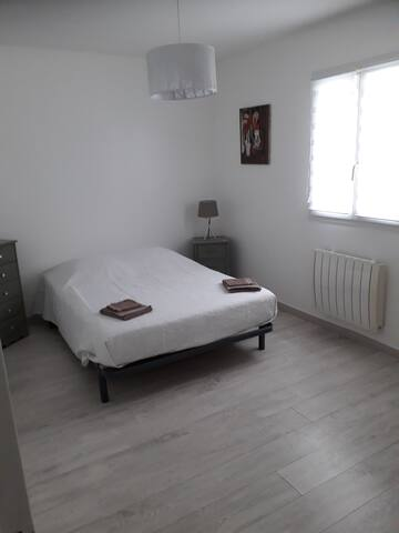 Chambre lit 140 x 190