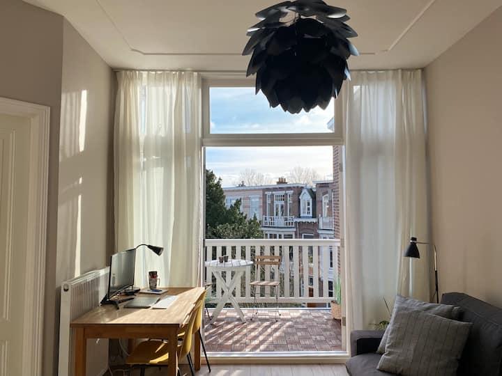 Studio apartment near the Hague/Scheveningen!
