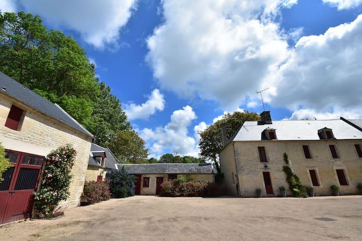Vintage-Landhaus mit Garten in Lantheuil, Frankreich