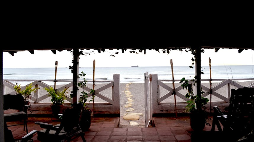 Sirena Surf Lodge: Your Personal Paradise - Miramar - Boutique hotel