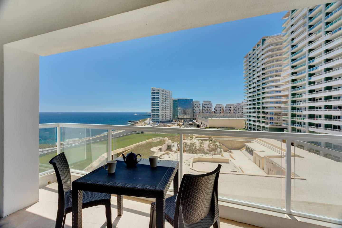 Breathtaking seaviews from the spacious terrace