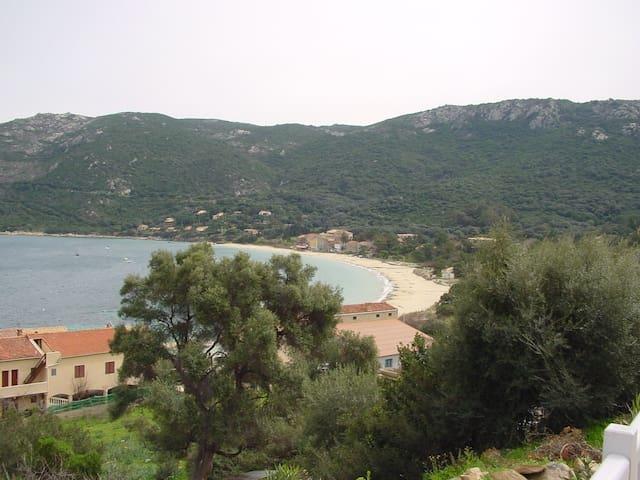 Villa bord de mer - Belvedere Campomoro