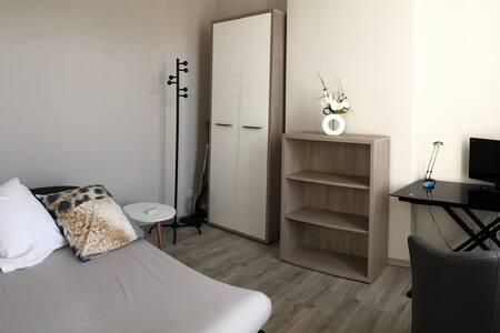 Studio en plein centre ville - tout confort - Dreux - Другое
