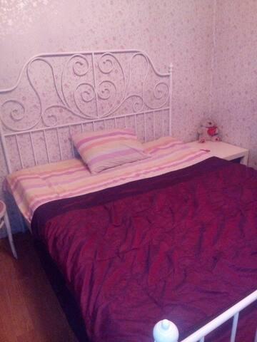 Комната в частном доме в черте Санкт-Петербурга