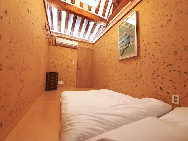 [Jongno] Gung Seoul Traditional Hanok Double Room
