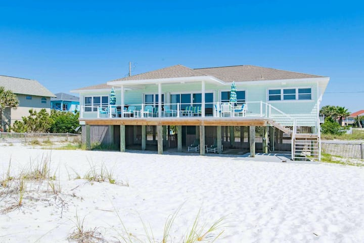 Beachfront home with gorgeous views, spacious deck, and private beach access!