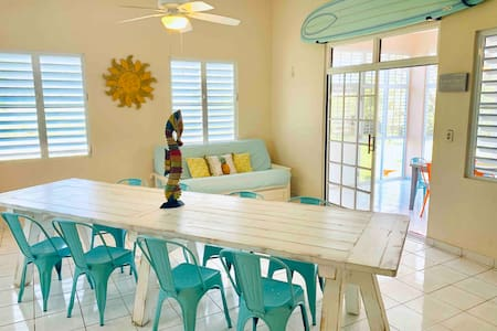 Relax! Breezy, large 3BR home in paradise