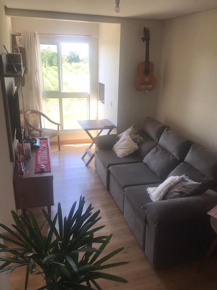 Apartamento COMPLETO - C/ CHURRASQUEIRA