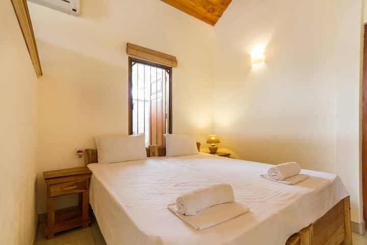 Superior Room @ Villa Shade Negombo