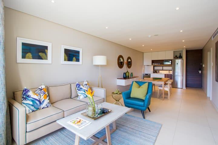 Modern, Clean, 5-Star, (Zimbali Suites)