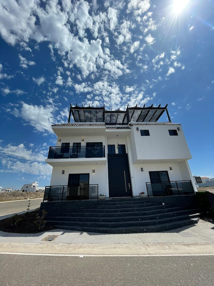 luxurious villa in Punta Azul Rosarito BC