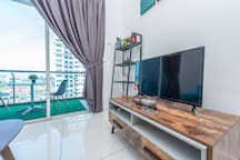 comfort home 8pax nearby LRT oD Residence
