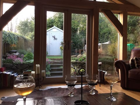 Dartmoor National Park- Romantic Cottage