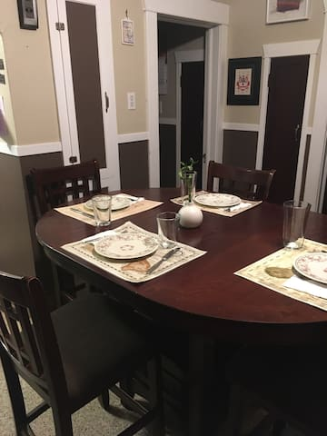 With an extender, room enough for 4 to enjoy a delicious, home-cooked meal: home away from home.