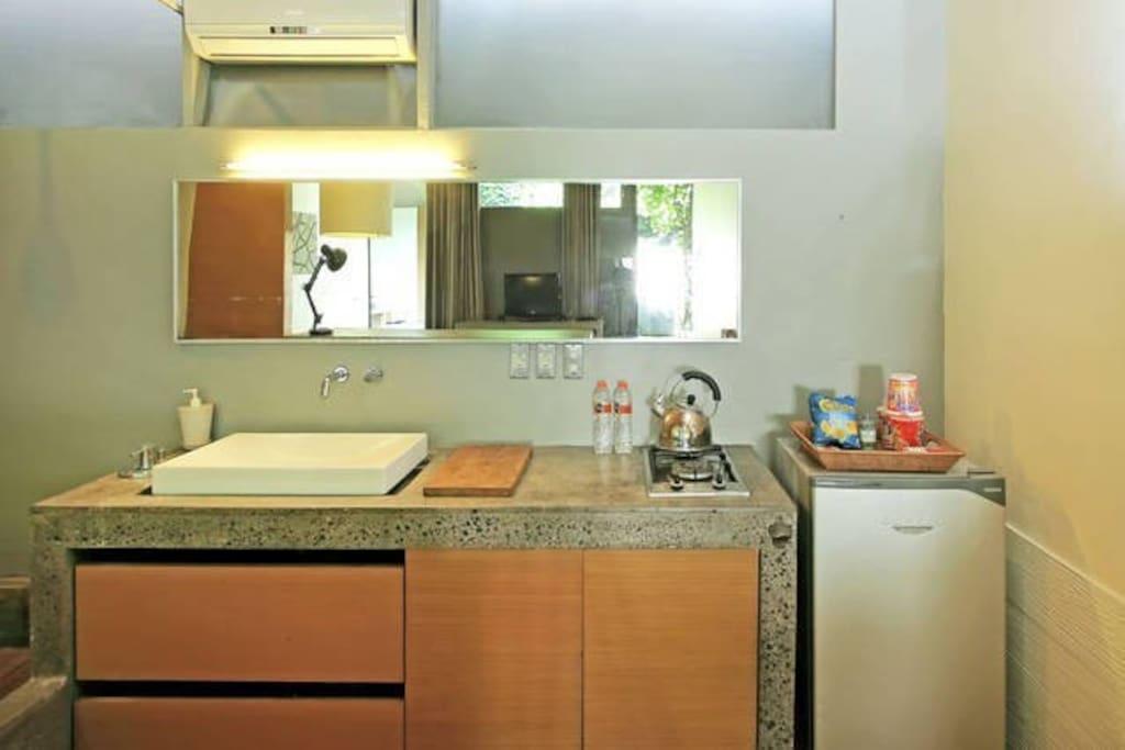Kitchenette set