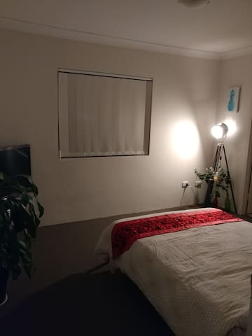 Inner-West Surbubs of Sydney! - Enfield - Apartment