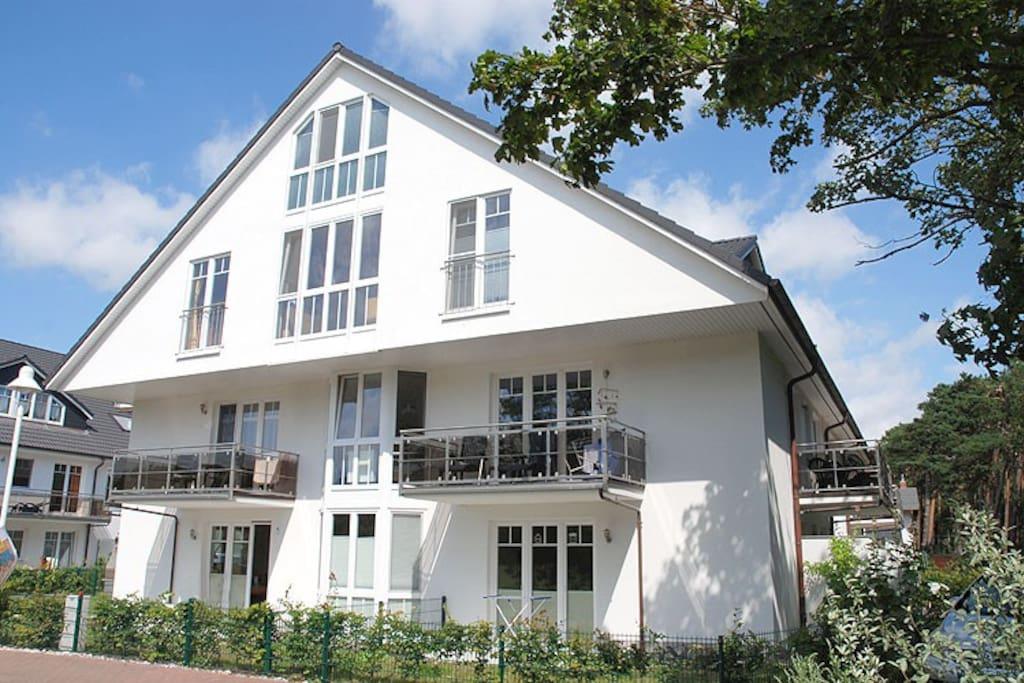 Die Außenansicht der Strandwohnungen Thiessow in Thiessow auf Rügen