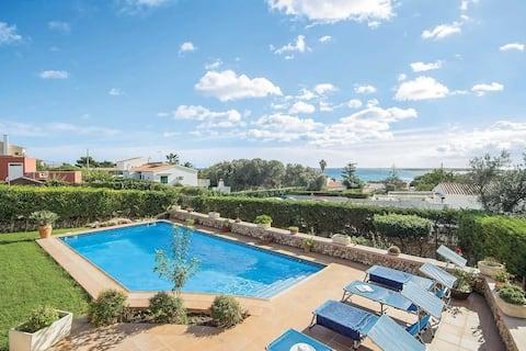 Villa Betonia - Vistas al mar y piscina privada