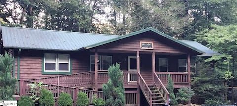 Ragsdale Cabin on the River, Pet Friendly!