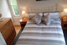 Highbury, Private room, private bathroom,Breakfast