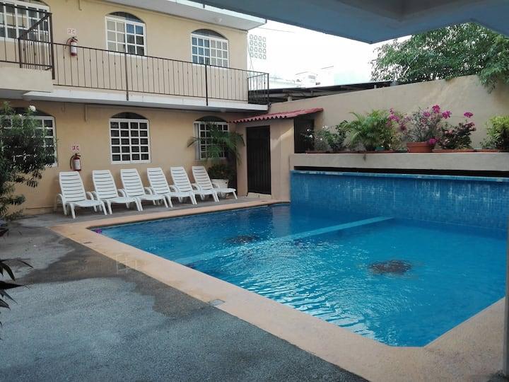 Habitación en Acapulco con alberca! (205)