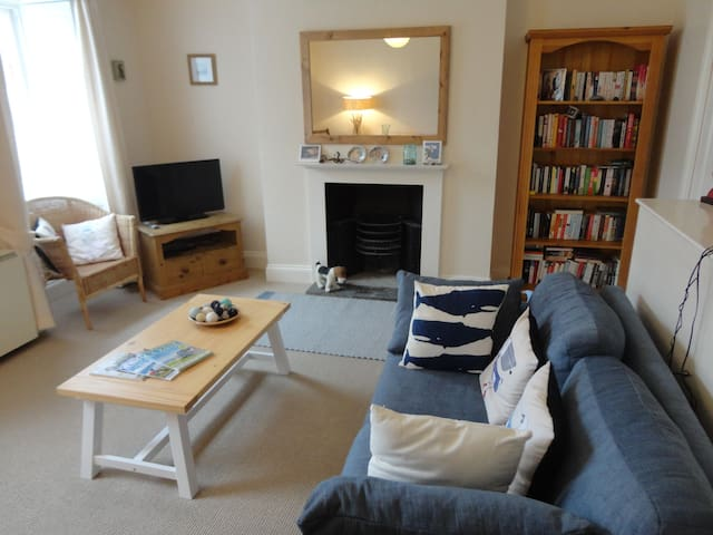 2 Bedroom Flat in Central Falmouth
