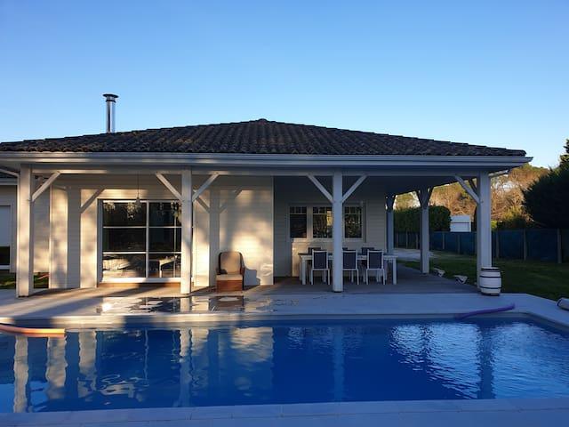 Villa avec piscine type caribéen 8 pers. Caudalie