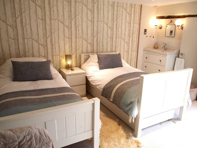 Peaceful, Luxury twin B&B room 7 mins to Totnes. - Dartington - Rumah