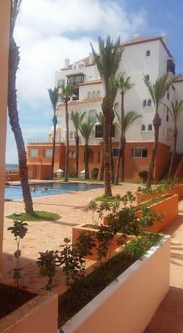 Bel appartement en front de mer - Bouznika - Daire