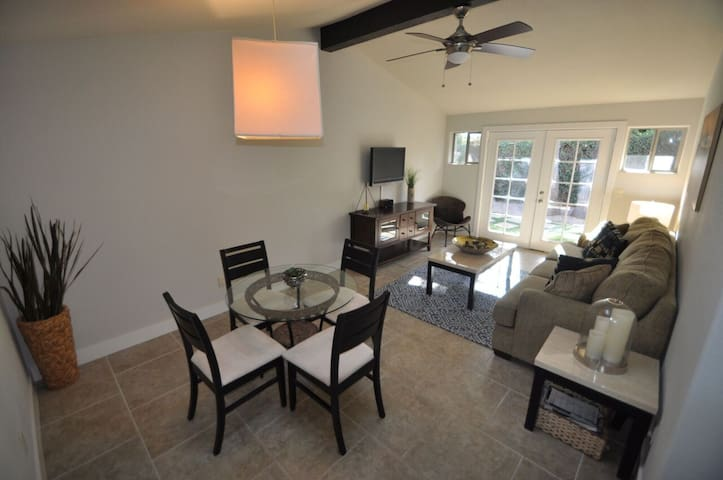 MAY 25% OFF! EXCLUSIVE BRAND NEW 2 BED/ 2 BATH - Scottsdale - Villa