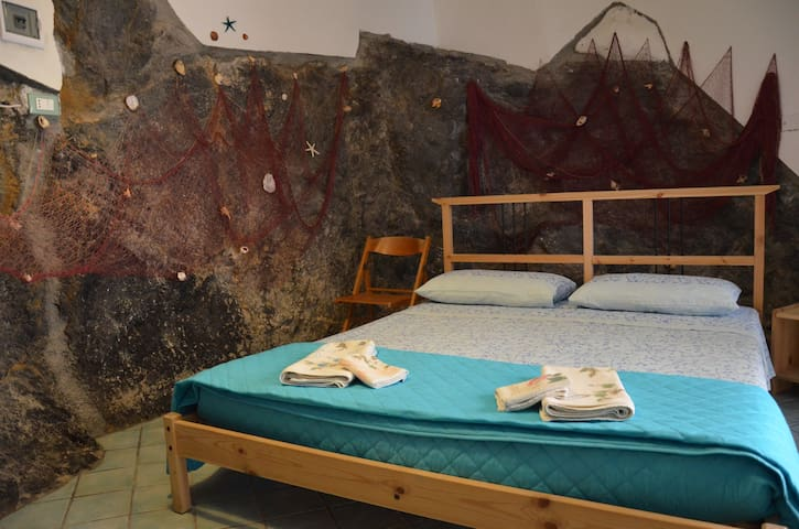 Grotta Smeralda a San Nicola Arcella centro