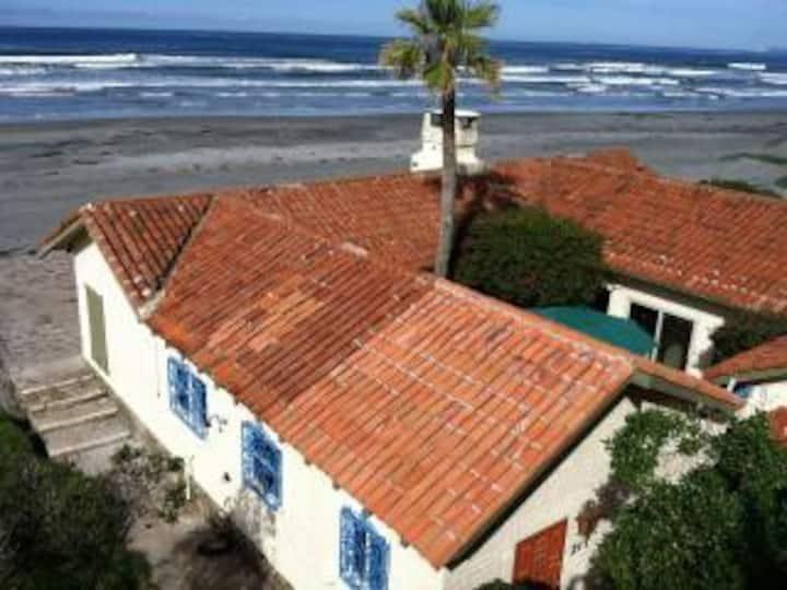 Playa La Mision Beach Front! 4 bedroom 3 Bath
