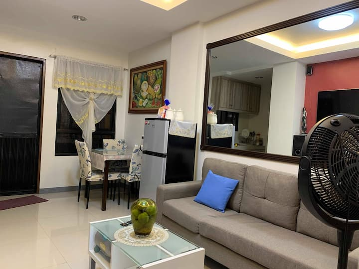 Newly constructed 1 BR, Near BGC Taguig 4J's Crib
