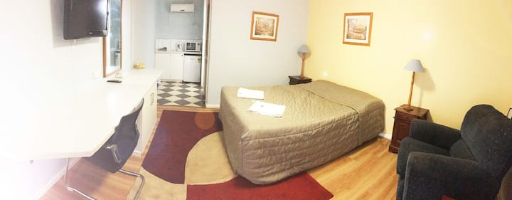 Private Motel Room with Ensuite