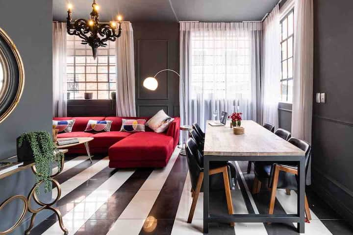 Super stylish, Heart of Cape Town, WiFi/Netflix