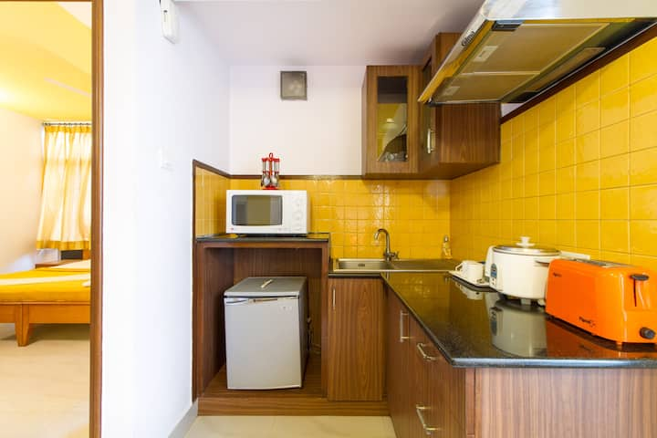 Independent well-furnished 1 Bed Apts in CBD